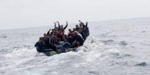 إيطاليا تطلب مساعدة الاتحاد الأوروبي بشأن إنقاذ المهاجرين واللاجئين عن طريق البحر