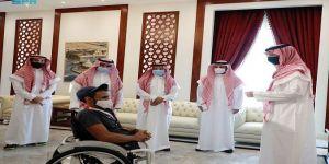 الأمير سعود بن جلوي يستقبل عبدالرحمن القرشي المُتوج ببرونزية دورة الألعاب البارالمبية