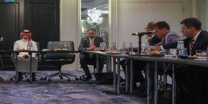 سمو وزير الخارجية يعقد جلسة نقاش مع أعضاء معاهد ومراكز الفكر الأمريكية