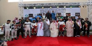 أمير منطقة الرياض يتوج الفائزين في الجولة الختامية بمهرجان السباقات السعودية الخامس