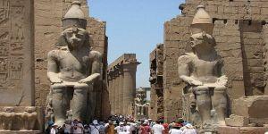 محاولة تفجير انتحاري قرب معبد الكرنك بجنوب مصر