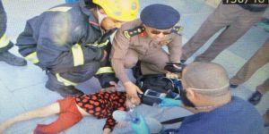 ''الدفاع المدني'' ينقذ حياة طفلة تعرضت للسقوط بخزان سكني
