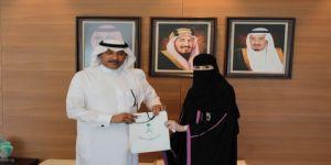 سمو السفير السعودي لدى الأردن يستقبل ويكرّم الطبيبة خلود العازمي أول طبيبة سعودية تجتاز البورد الأردني في أحد التخصصات الطبية النادرة
