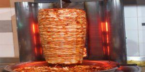 الأحساء: مطعم شاورما يدفع 3 آلاف لأسرة تسممت بسببه مقابل عدم الشكوى