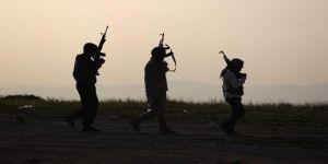 """""""جيش سوريا الجديد"""" ينتزع السيطرة على مطار عسكري من تنظيم """"الدولة الإسلامية"""""""