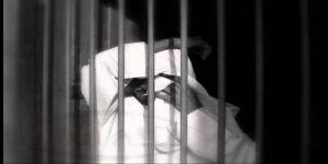 مواطن يروي قصة حبسه 5 أيام أثناء مطالبته قاضٍ بالتوقيع على شيكات مستحقة لابنه الشهيد