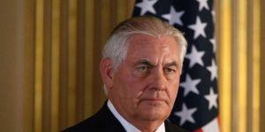 الخارجية الأميركية تنفي نعت تيلرسون لترامب بالأحمق