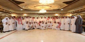 مجموعة من أهالي مكة المكرمة يكرمون عدد من ممن شملتهم الترقيات في خدمة الوطن