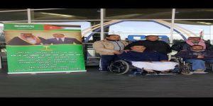 تسيير قافلة معتمرين أردنيين على نفقة السفير السعودي