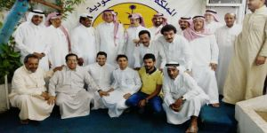 خالد عبدالرحيم يكرم فرقة أبوسراج