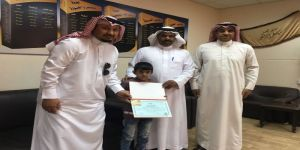 طالب إبتدائية عبدالملك بن مروان ينقذ أحد زملائه