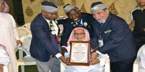 قائد مفوضية مكة يكرم الدكتور فهد النصار