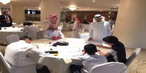 60 طالباً من 18 إدارة تعليمية في منافسات المشروع الوزاري الخط العربي والزخرفة الإسلامية