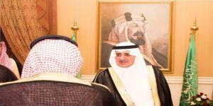 أمير تبوك يستقبل المحافظين ورؤساء المراكز المهنئين بالعيد