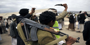 مسلحو الحوثي يقتلون طالبًا رفض التجنيد القسري بصنعاء ويحتجزون جثته