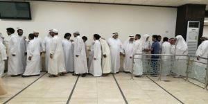 أسرة الفلاتة والهوساوي والتيجاني يتلقون العزاء في محمد امام