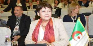 تعليق مثير للجدل من وزيرة التربية الجزائرية بشأن فصل طالبة بسبب الصلاة في المدرسة