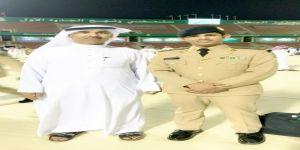 السليمان يحتفي بتخرج ابنه ملازم