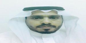 والد الزميل أحمد المالكي يرقد على السرير الأبيض