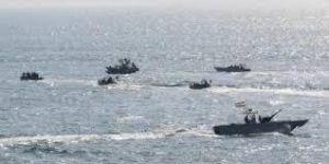 التحالف يعلن استهداف 5 قوارب مفخخة للحوثيين شمال الحديدة