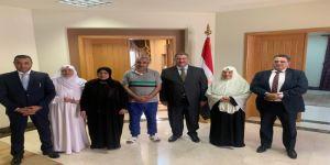 القنصلية المصرية تتسلم مواطنيها المتهمين بكبتاجون مطار جدة