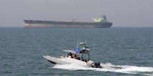 الحكومة البريطانية تكشف ما حدث في مضيق هرمز من 3 قوارب إيرانية