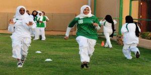 دوري لكرة القدم النسائية بجدة بمشاركة 7 فرق