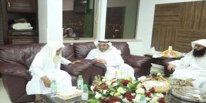 #عاجل فضيلة الشيخ علي الحذيفي يتماثل للشفاء ويغادر المستشفى