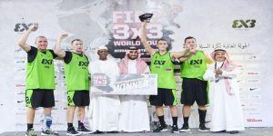 الأمير عبدالعزيز بن تركي الفيصل يتوج ريقا لاتفيا بكأس الجولة العالمية للمدن لكرة السلة 3×3