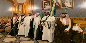 بحضور الأمير عبدالعزيز بن بندر آل سعود وأعيان الرياض ومكة .. آل بن حسين يحتفلون بنجلهم سلطان