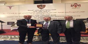 تكريم عالمي للبروفيسور السعودي أحمد كنساره في المؤتمر الدولي لجمعية الجراحين الأردنية