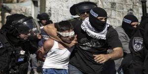مؤسسات الأسرى الفلسطينية: الاحتلال الإسرائيلي اعتقل 374 فلسطينيًا الشهر الماضي