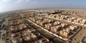 وزير الإسكان يسلّم المواطنين وحداتهم السكنية بالرياض