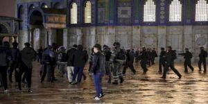 لجان فلسطين الشعبية في لبنان تدين إعتداء الإحتلال على المصلين في المسجد الأقصى