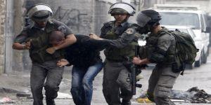 قوات الإحتلال تعتقل سبعة فلسطينيين من محافظتي الخليل وجنين