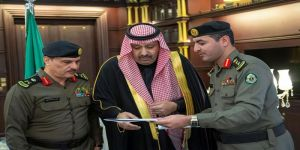 أمير الباحة يحث على التعاون مع جهات الأمن لخفض معدل الحوادث والمخالفات المرورية