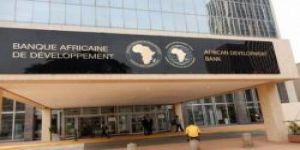 البنك الأفريقي للتنمية يدعو إلى التأجيل الوقتي لسداد ديون البلدان الأفريقية