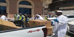 توزيع ٥٠٠ وجبة الطازج الساخنة على سكان حي المسفلة بمكة