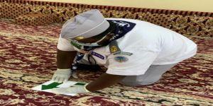 جوالة تنمية الشرافاء تشارك في تعقيم وتنظيف عدد من مساجد الحي