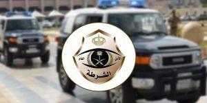 شرطة الرياض تتطيح باثيوبيين امتهنا كسر زجاج المركبات وسرقة مقتنياتها .. وتلقي القبض على 3 بنجلاديشيين قاموا بشراء المسروقات وبيعها