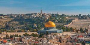 البرلمان العربي يدين إعلان صربيا وكوسوفا فتح سفارتين في القدس المحتلة
