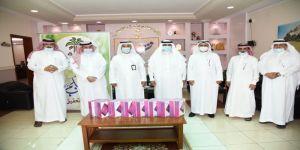 بحضور مدير تعليم منطقة مكة .. نخلة تقدم 40 جهازا ذكيا لطلاب قرى وهجر بشرق مكةً
