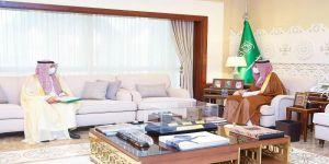 نائب أمير الشرقية يستقبل مدير فرع وزارة الاعلام بالمنطقة