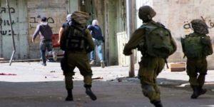 بعد دهمها منازلهم .. الإحتلال تعتقل فلسطينيين بمحافظتي جنين والخليل