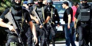 تونس تحاصر أحد الإرهابيين على أراضيها وتلقي القبض عليه