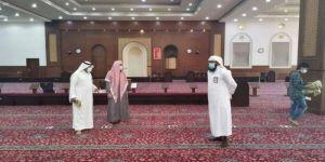 إغلاق 12 مسجدًا في عدد من المناطق بعد ثبوت حالات إصابة بكورونا