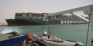 السويس تشكر المملكة ودول قدمت إستعداداتها بالمساعدة في أزمة السفينة الجانحة