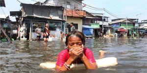 سيروجا يرفع حصيلة الضحايا في إندونيسيا إلى 165 قتيلا وتشريد 20 ألفا
