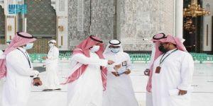 توزيع أكثر من 25 ألف وجبة إفطار في ساحات المسجد الحرام