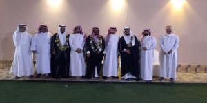 عميد أسرة الحكمي يزف فهد وفيصل